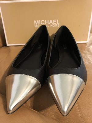 Brand new Michael Kors flats 8-8,5 genuine leather for Sale in Delray Beach, FL