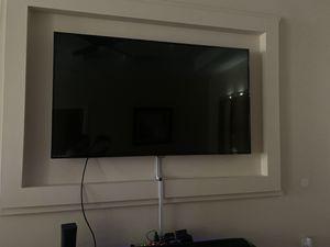 65 in TV selling ASAP moving ! for Sale in Edinburg, TX