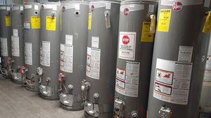 Calentadores de agua buenas condiciones for Sale in Redlands, CA