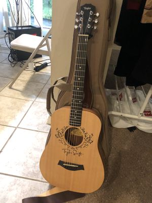 guitar for Sale in TEMPLE TERR, FL