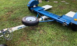 Tow dolly with surge brakes- for Sale in Winter Park, FL