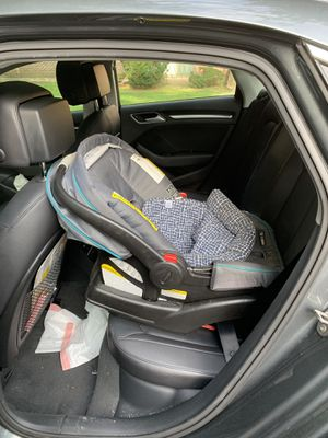 Baby car seat for Sale in Nashua, NH