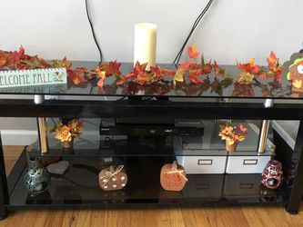 Glass TV stand Length 52 Width 20 Height 20 inches for Sale in San Mateo,  CA