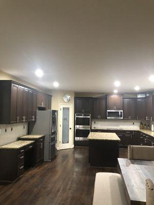 42 inch kitchen cabinets for Sale in Fairburn, GA