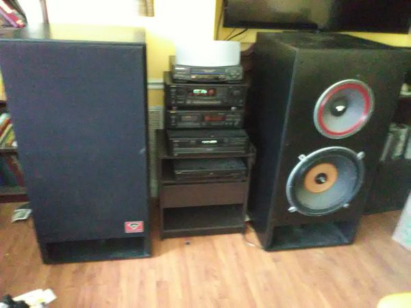 1200 Watts cerwin Vegas loud speakers