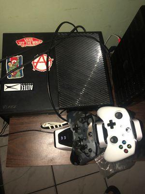 Xbox one 500 gb for Sale in Miami, FL