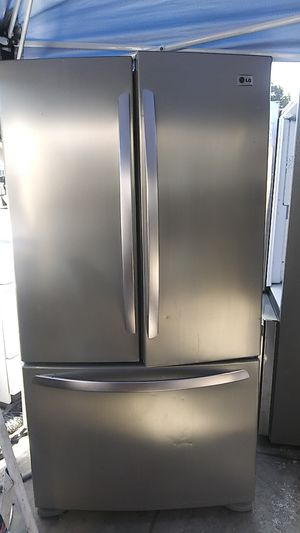 Lg Stainless French Door Refrigerator for Sale in Corona, CA
