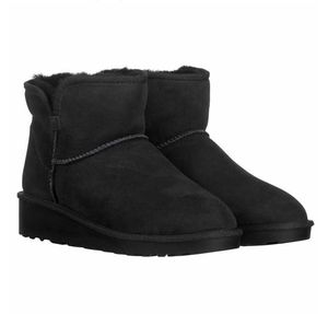 New Kirkland Boots size 6 for Sale in Danville, PA