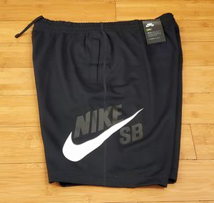 Nike SB short size L for Men. for Sale in Paramount, CA