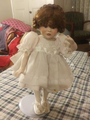 Doll for Sale in Mount Vernon, OH