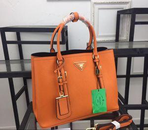 Luxury designer women's purse for Sale in Saginaw, TX