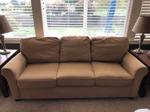 Tan Bassett Furniture Couch for Sale in Issaquah, WA