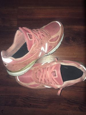 New balance V4 for Sale in Temple Hills, MD