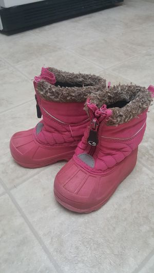 girl toodler snow boots size 5 for Sale in Vancouver, WA