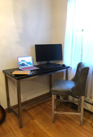 Computer desk and chair for Sale in Boston, MA