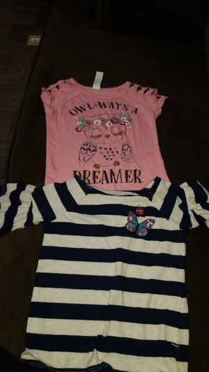 2 girl shirts size 4 and 5 for Sale in Lemon Grove, CA