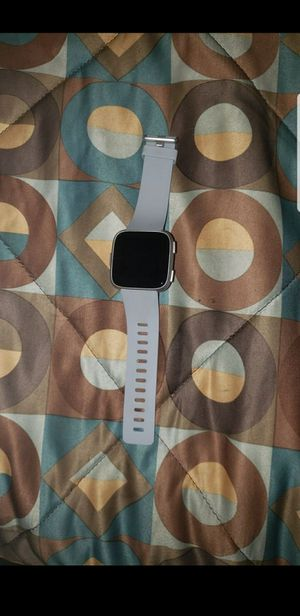 Fitbit versa for Sale in Newburgh Heights, OH