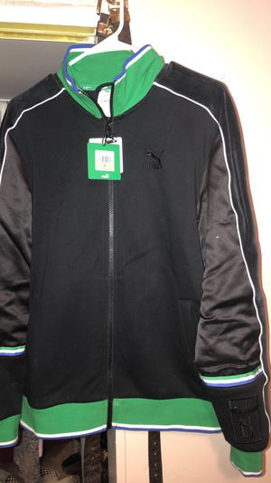 Mens Puma jacket for Sale in Roanoke, VA