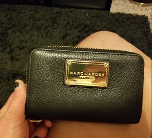Black Leather Marc Jacob's Wallet for Sale in Lynnwood, WA