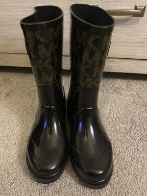 Michael Kors Iconic MK Logo Womens Rain Boots Mid Calf Size 6M for Sale in Acworth, GA