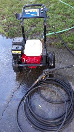 Commercial 2800 PSI Excell with a Honda 6.5 horsepower GX200 motor for Sale in Vancouver,  WA