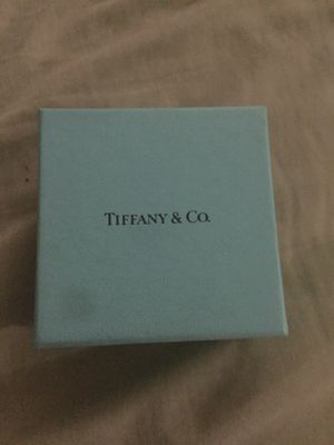 Tiffany & co necklace for Sale in Norco, CA