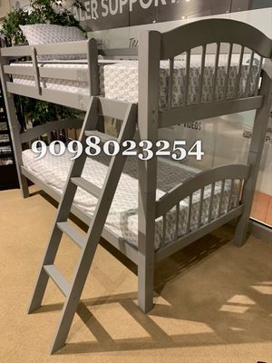 TWIN/TWIN BUNK BEDS W MATTRESSES INCLUDE D for Sale in Moreno Valley, CA