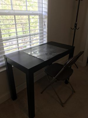 Desk with paintable scratch, chair included!!!!! for Sale in Rockville, MD