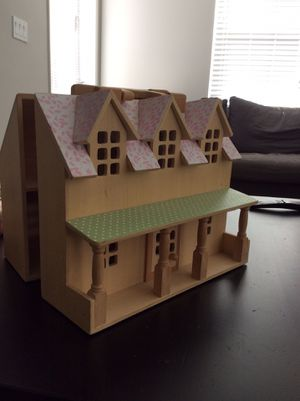 WOODEN DOLL HOUSE for Sale in San Diego, CA
