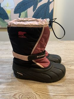 Sorel Flurry Snow Boots for Sale in Newtown,  PA