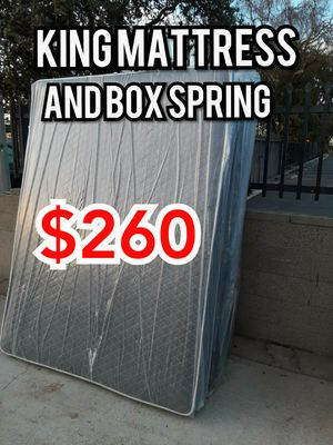 KING MATTRESS AND BOX SPRING for Sale in Inglewood, CA