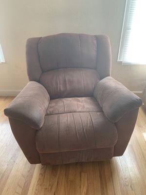 FREE Recliner for Sale in San Luis Obispo, CA