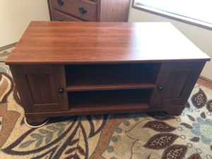 TV stand with shelves and storage at each end. for Sale in Black Diamond, WA