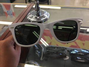 Ray ban Sunglasses for Sale in Wichita, KS