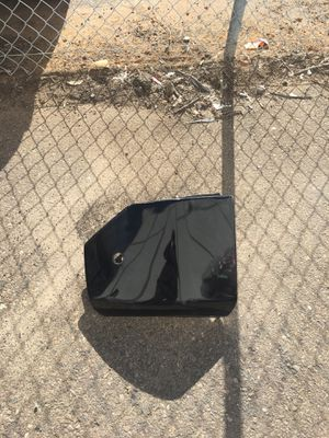Nissan Armada bumper cover for Sale in Lincoln Acres, CA