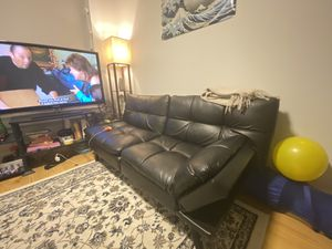 Black Leather Futon for Sale in Yeadon, PA