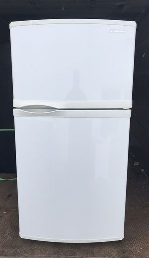 White Refrigerator for Sale in West Palm Beach, FL