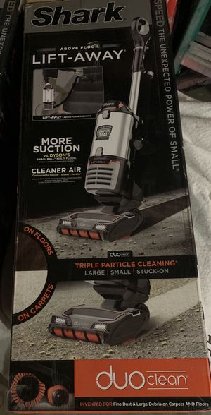 Shark lift away vacuum for Sale in Stockton, CA