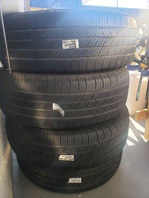 4 Michelin tyre 215/65R/16 for Sale in Buena Park, CA
