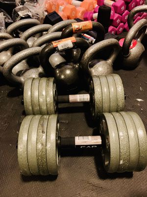 Adjustable dumbbell set 40 lb each(we make them to any size) for Sale in Davie, FL