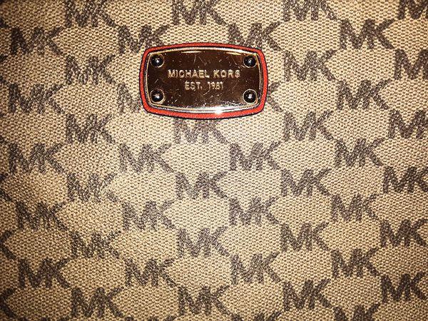MICHAEL Michael Kors Signature Logo purse