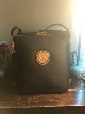Michael Kors Purse for Sale in Columbia, PA