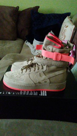 Nike SF Air Force 1 Khaki and Coral size 9 and 10 men for Sale in San Leandro, CA