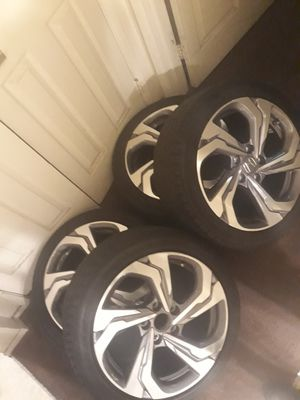 17 for Sale in Los Angeles, CA