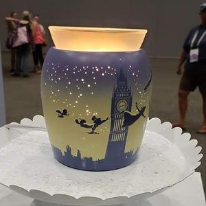 Tinker bell scentsy warmer for Sale in North Las Vegas, NV