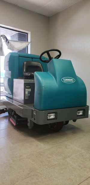 Floor scrubber tennant T15 for Sale in HUNTINGTN BCH, CA