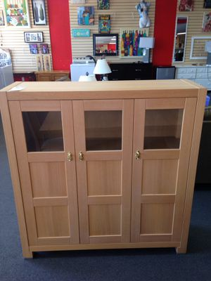 Beautiful wooden cabinet for Sale in Modesto, CA