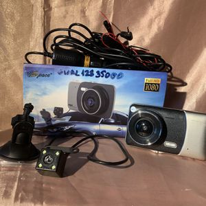 DASH CAM GUAL 128 WDR FULL HD 1080p EXCELLENT CAMERA. HAS FRONT AND BACK CAMERA AND MANY OTHER FUNCTIONS $90 BRAND NEW. for Sale in Miami, FL
