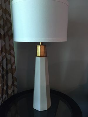 White and Gold Lamp for Sale in Lanham, MD