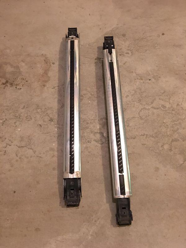 Mercedes crossbars and ski rack